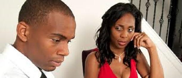 couple voici comment savoir si vous tes manipul dans votre relation. Black Bedroom Furniture Sets. Home Design Ideas