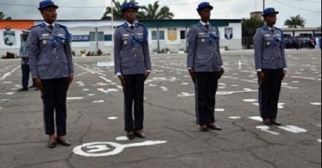 Les filles sous officiers de la gendarmerie nationale font - Grille salaire sous officier gendarmerie ...
