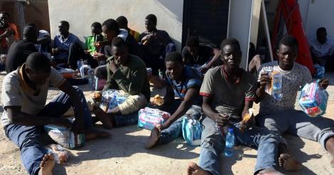 une premi re r union pour organiser le rapatriement des migrants de libye. Black Bedroom Furniture Sets. Home Design Ideas